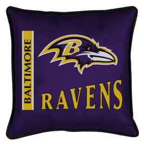 Baltimore Ravens Toss Pillow