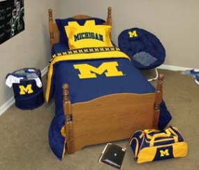 Michigan Wolverines Queen Size Bedding In A Bag
