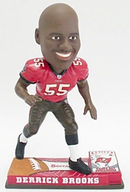 Tampa Bay Buccaneers Derrick Brooks On Field Bobble Head