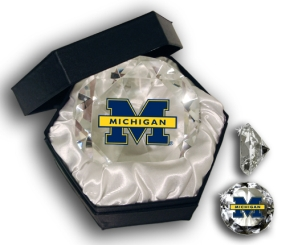 MICHIGAN WOLVERINES U LOGO DIAMOND GLASS
