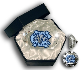 NORTH CAROLINA U TAR HEELS MASCOT DIAMOND GLASS