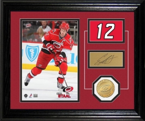 Eric Staal Player Pride Desk Top