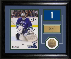 Roberto Luongo Player Pride Desk Top