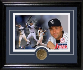 "DEREK JETER ""DESKTOP"" PHOTO MINT"