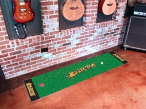 Anaheim Ducks Putting Green