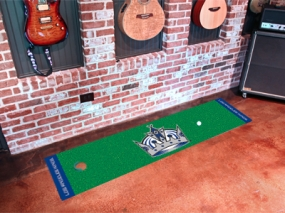 Los Angeles Kings Putting Green