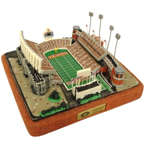 TEXAS U STADIUM REPLICA FOR THE NITTANY LIONS