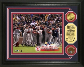 Boston Red Sox 2007 World Series Champions Celebration 24kt Gold & Infield Dirt Coin Photo Mint