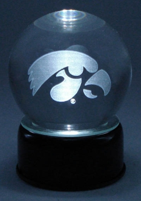 IOWA UNIVERSITY LOGO ETCHED IN CRYSTAL