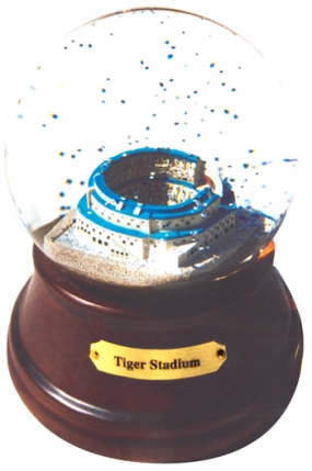 TIGER STADIUM MUSICAL GLOBE