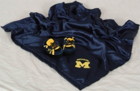 Michigan Wolverines Baby Blanket and Slippers
