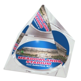 New York Giants Crystal Pyramid