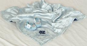 North Carolina Tar Heels Baby Blanket and Slippers