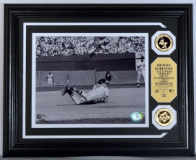 Brooks Robinson Gold Coin Photo Mint w/two 24KT Gold Coins