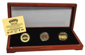 SAN FRANCISCO GIANTS 24kt Gold and Infield Dirt 3 Coin Set