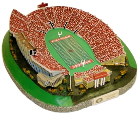 WISCONSIN U CAMP RANDALL STADIUM REPLICA