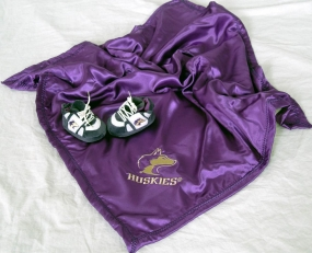 Washington Huskies Baby Blanket and Slippers