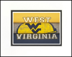 West Virginia Mountaineers Vintage T-Shirt Sports Art